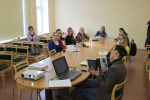 Klāt marts: Jauno bibliotekāru skola