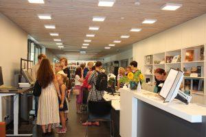 Viesojamies Jūrmalas Centrālajā bibliotēkā un Dubultu bērnu bibliotēkā