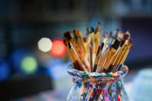 Mākslas un radošo darbu izstādes februārī