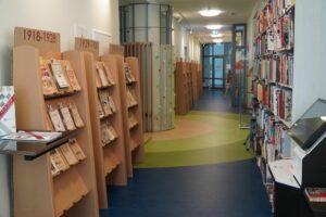 """""""100 grāmatas bērniem"""" Jelgavas Bērnu un jauniešu bibliotēkā """"Zinītis"""""""