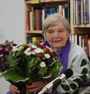 RCB aicina uz tikšanos ar rakstnieci Marinu Kosteņecku