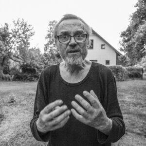 """Aivja Šmuldera fotogrāfiju izstāde """"Bļāviens"""""""