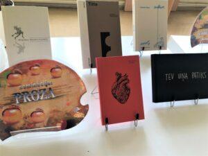 """Grāmatu mākslas izstāde """"Zelta ābele 2020"""""""