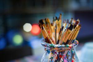 Mākslas un radošo darbu izstādes augustā